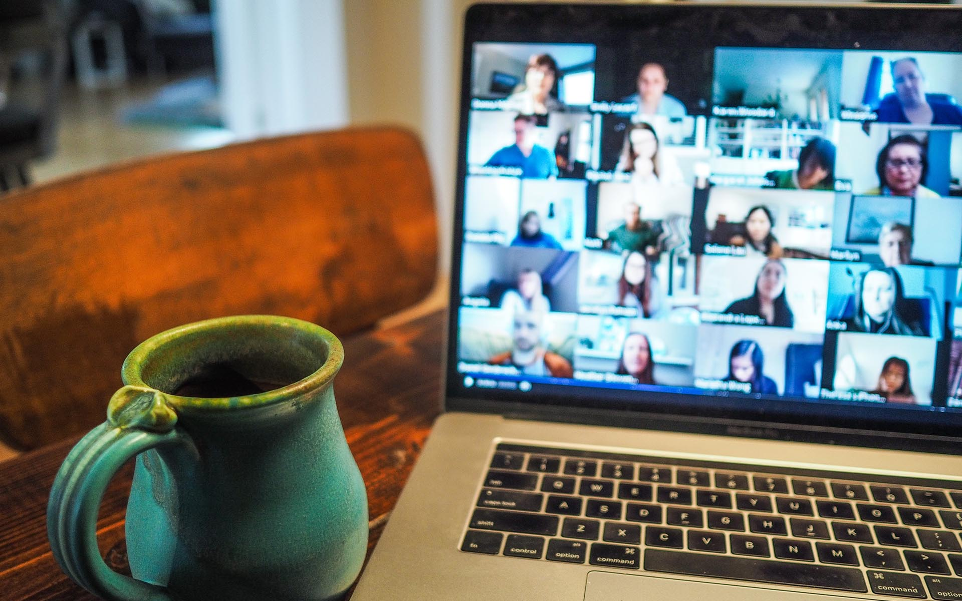 photo of virtual meeting for blog about effective virtual communication